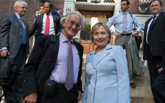 Dr Iain Douglas-Hamilton with Hillary Clinton